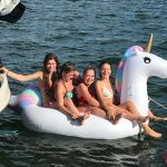boat hire melbourne family activity